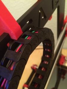 Die Kette stößt am Filamenthalter an